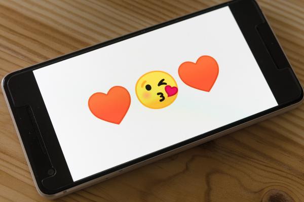 Emojis in global communication
